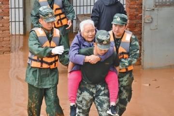 生命至上众志成城——就河南郑州等地灾情各地各部门迅速组织力量防汛救灾
